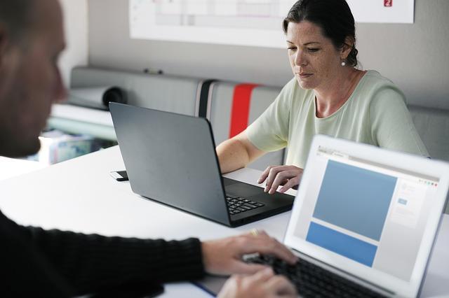 La educación apoyada por las empresas